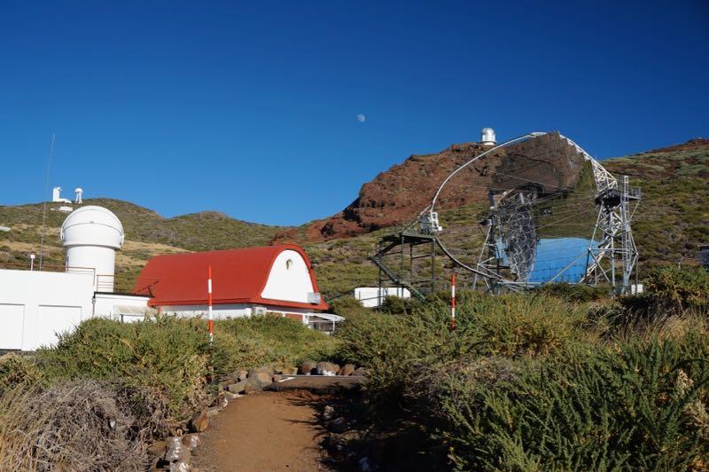 Teleskope am Roque de los Muchachos.